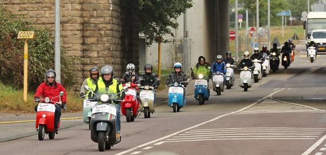Vespa on Tour 2016